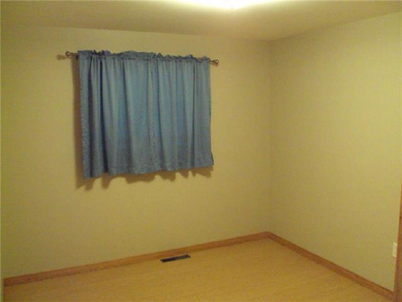 garvin bedroom